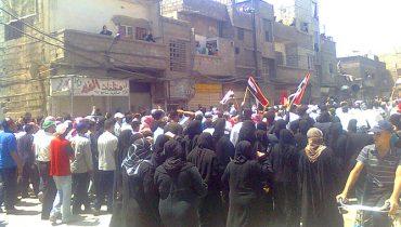 Proteste überall, hier in Damaskus. Von einem Teilnehmer mit Mobiltelefon aufgenommen. (Bild: Reuters)